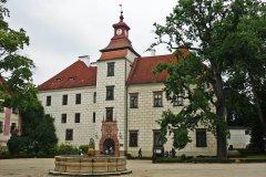 zamek-trebon11